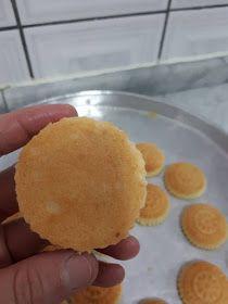 معمول تمر بطحين هش وبيشههي افضل من الجاهز مع اسرار وملاحظات لنجاحها Lebanese Desserts Recipes Lebanese Desserts Dessert Recipes