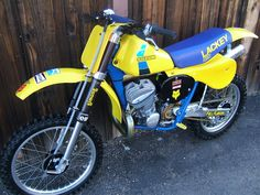 Suzuki RN500 Brad Lackey Replica Bike! When money means nothing....I will get this.