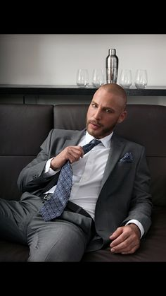 Mens Style Discover Suit and Tie Bulges Khaki Suits Mens Suits Sharp Dressed Man Well Dressed Men Style Hommes Chauves Bald Men Style Tight Suit Formal Men Outfit Scruffy Men Dapper Gentleman, Dapper Men, Sharp Dressed Man, Well Dressed Men, Mens Fashion Suits, Mens Suits, Khaki Suits, Style Hommes Chauves, Bald Men Style