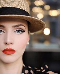 Retro Makeup Retro makeup, nice look - Popular Ladies Vintage Eye Makeup, 1940s Makeup, Retro Makeup, Makeup Geek, Love Makeup, Makeup Looks, Hair Makeup, Vintage Wedding Makeup, Crazy Makeup