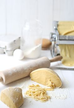 Homemade pasta with herbs Pasta Recipes, My Recipes, Italian Recipes, Favorite Recipes, Recipies, Italian Cooking, Rice Recipes, Healthy Recipes, Pasta With Herbs