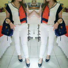Branco, laranja e azul marinho