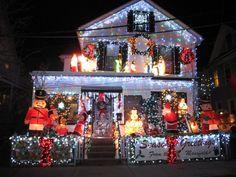 Love this Christmas light display
