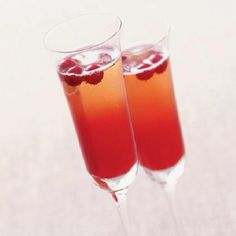 Champagne Cocktail, looks refreshing!
