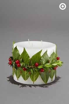 Win major points with this simple but impressive DIY hostess gift. Start with a basic white candle. Then secure herb leaves with a ribbon or garland. Make several at once and be ready for parties all season long. White Candles, Winter Activities, Merry And Bright, Xmas Decorations, Yule, Tis The Season, Hostess Gifts, Blind, Holiday Ideas