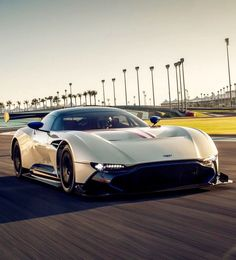Aston Martin is known around the world as one of the premier luxury car makers. The Aston Martin Vulcan is a track-only supercar New Sports Cars, Exotic Sports Cars, Super Sport Cars, Exotic Cars, Aston Martin Vulcan, Aston Martin Lagonda, Mercedes Auto, Porsche Auto, Bugatti