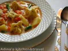 Ciorba de burechite Thai Red Curry, Ethnic Recipes, Food, Travel, Trips, Hoods, Viajes, Meals, Traveling