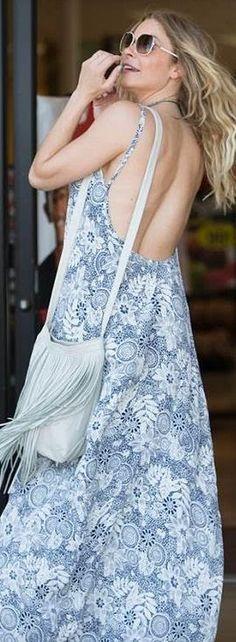 Who made LeAnn Rimes' blue print maxi dress?