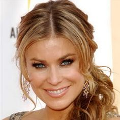 carmen-electra-loose-side-ponytail-hairstyle-r (strapless dress hairstyles ponytail) Curly Side Ponytails, Prom Ponytail Hairstyles, Wedge Hairstyles, Undercut Hairstyles, Fringe Hairstyles, Feathered Hairstyles, Party Hairstyles, Hairstyles With Bangs, Cool Hairstyles