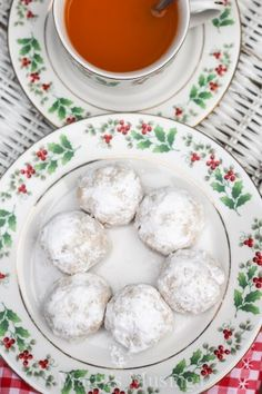 Mexican Wedding Cookies | Recipe | Mexican wedding cookies, Paula ...