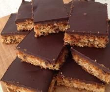 Choc Topped Anzac Slice by arwen.thermomix