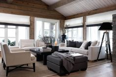 Want to experience the goodness of living in a country-style house and away from the city, and if you love hands-on, log cabin kits is the solution. Modern Cabin Interior, Interior Exterior, Chalet Interior, Cabin Homes, Log Homes, Home Living Room, Living Spaces, Interior Design Inspiration, Interior Decorating