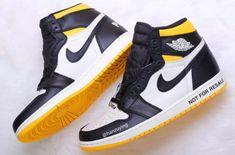 Jordan Shoes For Women, Shoes Women, Basketball Shoes For Men, Sports Shoes, Swag Shoes, Women's Shoes, Womens Fashion Sneakers, Fashion Shoes, Nike Shoes Outfits