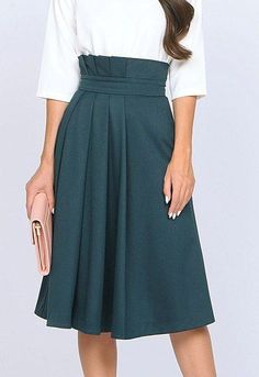 26 Women Skirts To Inspire Everyone Source by frammen y faldas Modest Fashion, Hijab Fashion, Fashion Dresses, Elegant Outfit, Trendy Outfits, Women's Skirts Outfits, Blue Skirt Outfits, Teal Skirt, Dress Skirt