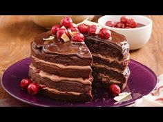 This video have 10 Easy Chocolate Cake Recipes that I try collection for all of you and i hope all recipes you want to try. Layer Cake Recipes, Delicious Cake Recipes, Easy Cake Recipes, Dessert Recipes, Yummy Food, Christmas Cooking, Christmas Desserts, No Cook Desserts, Easy Desserts
