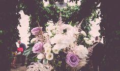 Lite bilder från helgens bröllop hittar ni på Kenzas blogg. Så underbart vackert.  Pined by Världens Blommor