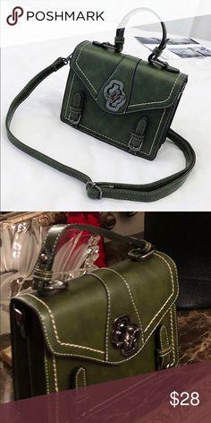 54110f5eca9 Crossbody Purse Detachable shoulder strap, decorative jewel closure. Ncline  Bags Crossbody Bags Jewels,