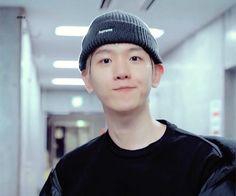Baekhyun, Cute Bunny Pictures, Exo Memes, Kpop, Korean Music, Chanbaek, Cute Icons, Cute Faces, K Idols
