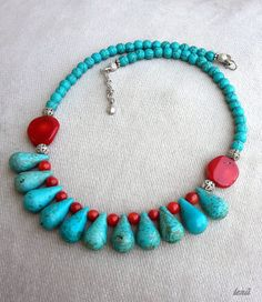 Turquoise necklace, coral necklace, turquoise and coral necklace, stylish neckl… – Mein Favorit Cluster Necklace, Diamond Pendant Necklace, Drop Necklace, Stone Necklace, Turquoise Jewelry, Boho Jewelry, Turquoise Bracelet, Beaded Jewelry, Beaded Necklace