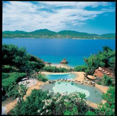 Reiseauswahl - Sun and Beach Corsica, River, Beach, Places, Summer, Outdoor, Swimming Pool Construction, Travel Agency, Mediterranean Sea
