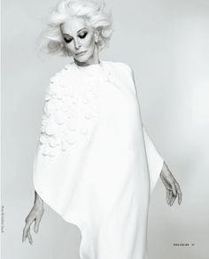 At 82, Carmen Dell 'Orefice made the cover of You (2)