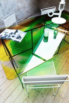 Picturesque table by Studio Tjimkje /// More on Interiorator.com