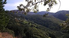 Vistas de la aldea de Fuentes Cabadas (Boal) desde lejos