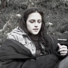 Twilight Movie, Twilight Saga, Black Background Wallpaper, Black Backgrounds, Soft Lips, Skin So Soft, Idol, People, Gay