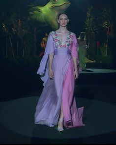 Colorful Embellished Purple / Pink A-Lane Evening Maxi Dress / Evening Gown with Deep V-Neck Cut and Short Sleeves. Runway Show at the Mercedes-Benz Fashion Week Madrid by Hannibal Laguna Haute Couture Style, Haute Couture Dresses, Couture Mode, Couture Fashion, Runway Fashion, Designer Evening Gowns, Designer Dresses, Evening Dresses, Lovely Dresses