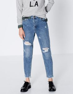 JEANS MOM FIT ROTOS - Jeans - Ropa - Mujer - PULL&BEAR España