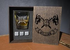 Personalized whiskey gift set D&D . Coaster and glass and 3 whiskey stones in wood box. dungeons and dragons fan gift Whiskey Gift Set, Leather Coasters, Rustic Wedding Guest Book, Personalized Coasters, Glass Boxes, Light Oak, Wood Boxes, Wood Species, Dungeons And Dragons