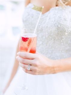 Find Your Signature Wedding Drink With This Quiz | TheKnot.com
