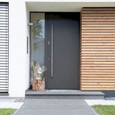 The Rule for Modern Front Door – futthome – Beautiful Doors Modern Entrance Door, Modern Front Door, Front Door Entrance, House Front Door, Front Door Design, House With Porch, House Entrance, Front Door Decor, Entry Doors