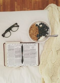 Sunday reads and blueberry #cereal. #sundaymorningrituals