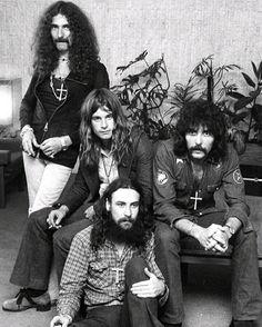 Black Sabbath, press conference, Sydney Airport, Australia -January 18-1973 Masters Of Reality