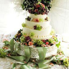Wedding Cake Recipe Desserts, Afternoon Tea with butter, white sugar, eggs, vanilla extract, all-purpose flour, baking powder, baking soda, sour cream