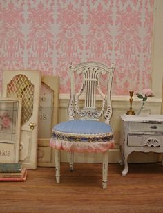 Louis XVI French Empire Lyre Back Chair 1:12 Scale Dollhouse Miniature Furniture