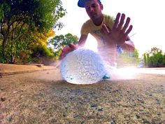 Bursting stuff on burst mode  @GoPro #gopro @Goprobestvideos @GoPro_Heroes #water #ball @Silvana Amézquita Talero pic.twitter.com/C7zFPgo707