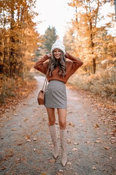 This is one of my favorite outfits that I packed for our Fall trip this year! Winter Maternity Outfits, Stylish Maternity, Pregnancy Outfits, Fall Winter Outfits, Holiday Outfits, Maternity Fashion, Autumn Winter Fashion, Pregnancy Fall Fashion, Cute Thanksgiving Outfits