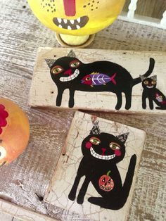 """Black Cats Folk Art Painting Halloween Decor I like the decorated ears and the """"something"""" in the tummy"""