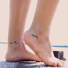 Beautiful Tiny Tattoos for Women - - 90 Small Tattoos for Girls Tattoo Girls, Small Girl Tattoos, Tiny Foot Tattoos, Female Tattoos Small, Small Ankle Tattoos, Foot Tattoos Girls, Tattoo Sister, Tiny Tattoos For Women, Tattoo Women