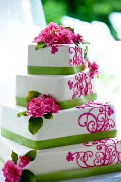 Pink & Green wedding cake.