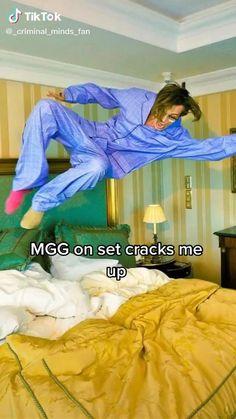 Criminal Minds Memes, Spencer Reid Criminal Minds, Spencer Reed, Dr Spencer Reid, Dr Reid, Crimal Minds, Matthew Gray Gubler, Fine Men, Stupid Funny Memes