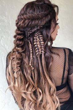 42 Boho Inspired Unique And Creative Wedding Hairstyles From creative hairstyles with romantic loose curls to formal wedding updos, these unique wedding hairstyles would work great for your ceremony or reception. Unique Wedding Hairstyles, Creative Hairstyles, Cute Hairstyles, Braided Hairstyles, Viking Braids, Viking Hair, Braid Styles, Short Hair Styles, Elegant Wedding Hair