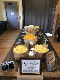 Popcorn Bar for rustic bridal shower Wedding Popcorn Bar, New Years Eve Menu, Homemade Wedding Decorations, Character Education, Physical Education, Candy Popcorn, Bar Set Up, Hollywood Theme, Bridal Shower Rustic