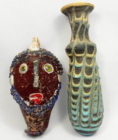 A lot of 2 Phoenician style glass items, c1st century BC.