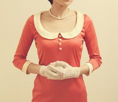 The way to have both decolletage and a Peter Pan collar .I would wear it! 20s Fashion, Cute Fashion, Everyday Fashion, Girl Fashion, Vintage Fashion, Style Casual, My Style, Feminine Style, Apricot Dress