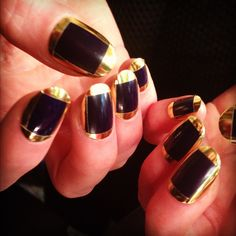 Try some elegance for you nails!