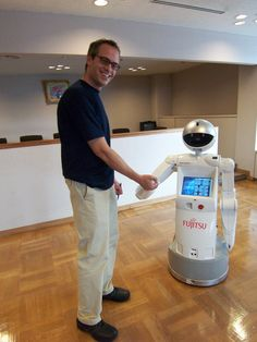 Service Industries Now Training Human Employees in Robotics & Automation [The Future of Robotics: http://futuristicnews.com/category/future-robots/]