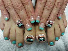 Mint, Aztec toes and nails
